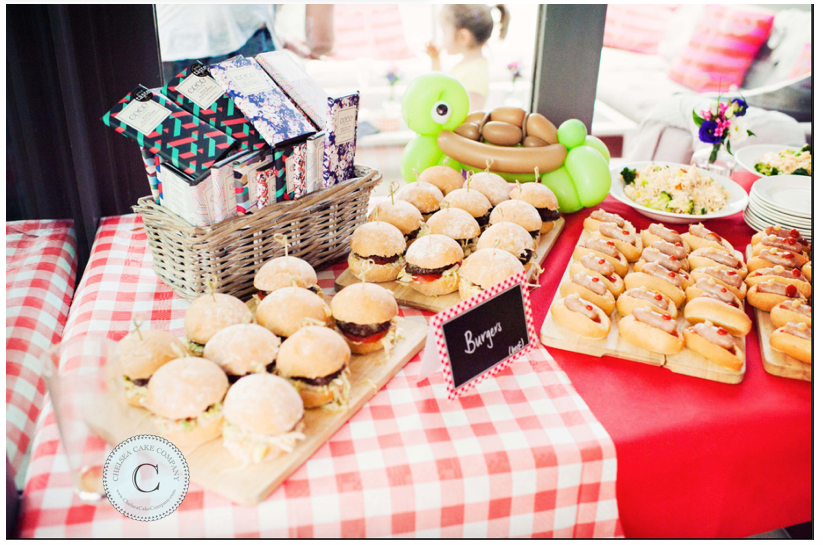 Picnic Party // Chelsea Cake Company